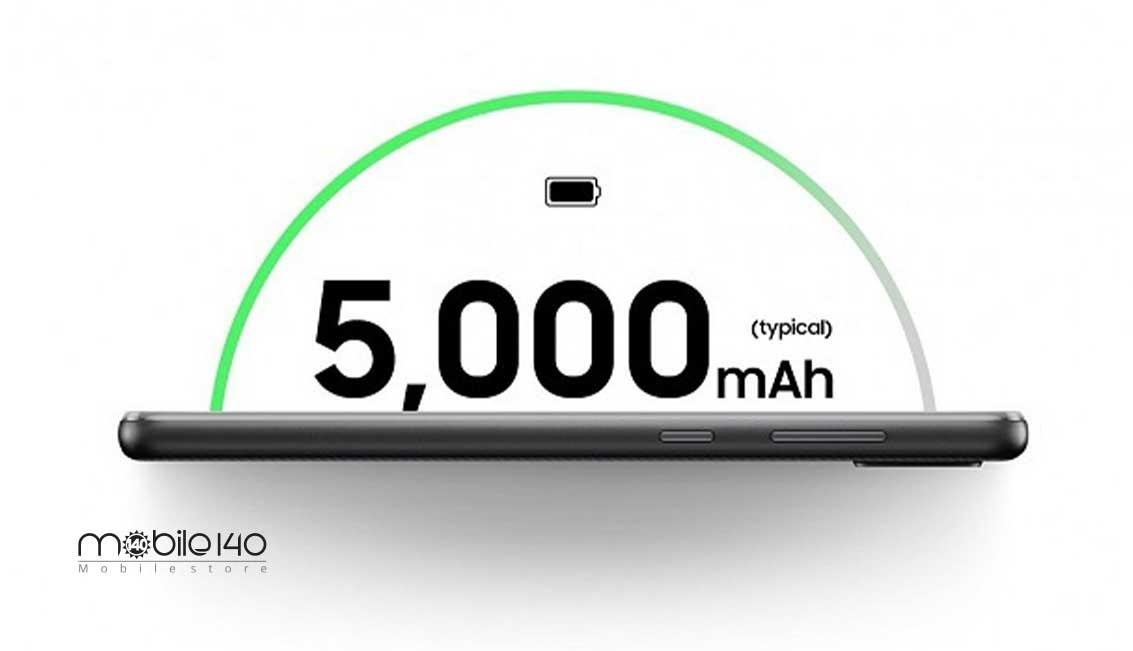 گوشی Galaxy A02 دارای باتری لیتیوم یونی جدا نشدنی است که نمیتوان آن را به راحتی تعویض کرد و برای این کار باید حتماً از تعمیرکار کمک گرفت. ظرفیت باتری گوشی فوق 5000 میلیآمپر ساعتی میباشد که با توجه به اقتصادی بودن آن بسیار قابل توجه است.