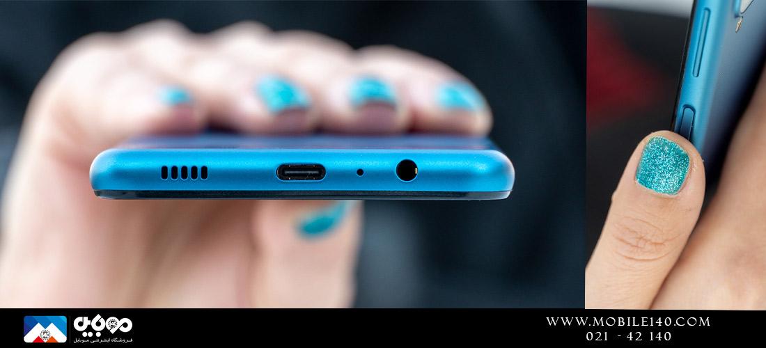 گوشی به صرفه سامسونگ برعکس کالاهای 1000 دلاریاش از جک 3.5 میلیمتری هدفون نیز سود میبرد.